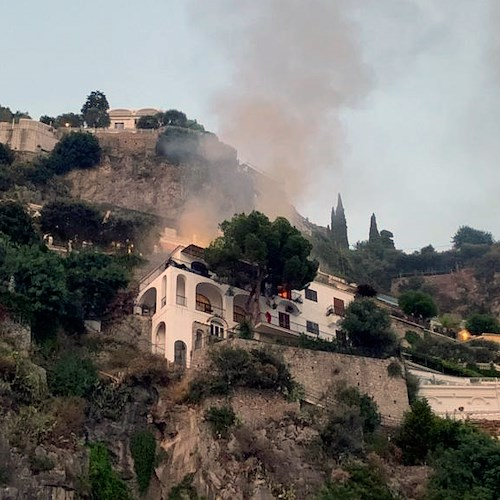 Incendio in una villa privata a Positano